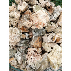 Roche calcaire percée